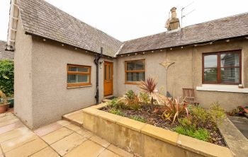 2 Newliston Road, Kirkliston
