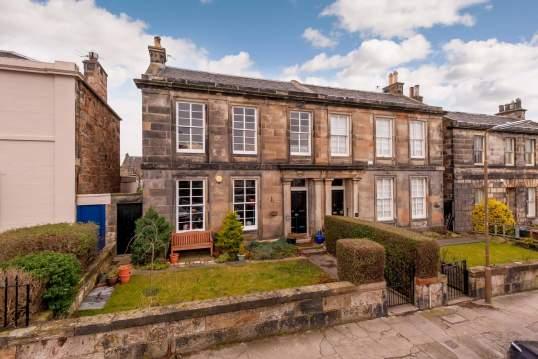 25 (1F1) Pittville Street, Portobello, Edinburgh, EH15 2BX