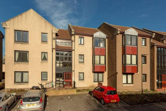 Chalfont 1F2, Gracefield Court, Musselburgh, H21 6LL