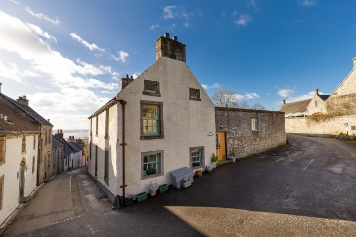 The Tanhouse, Tanhouse Brae, Culross, KY12