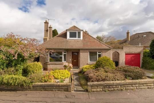 34 Comiston View, Edinburgh, EH10 6LP