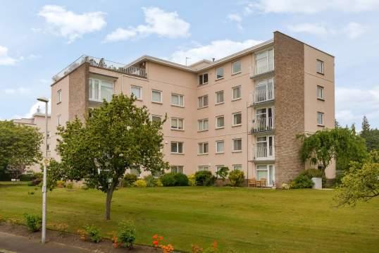 2/14 Succoth Court, Ravelston, Edinburgh, EH12 6BZ