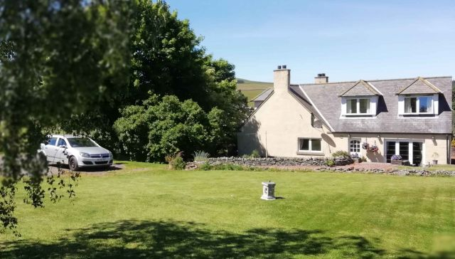 2 Hoardweel Farm Cottage, DUNS