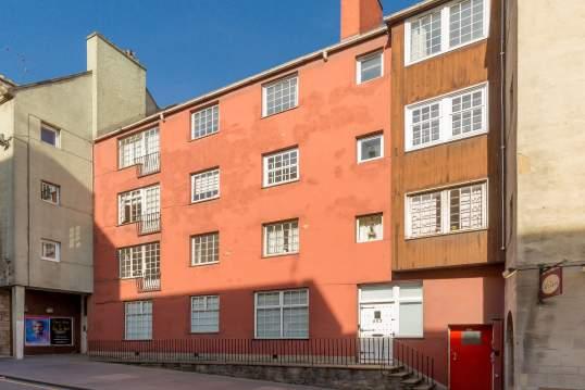 259/4 Canongate, Old Town, Edinburgh, EH8 8BQ