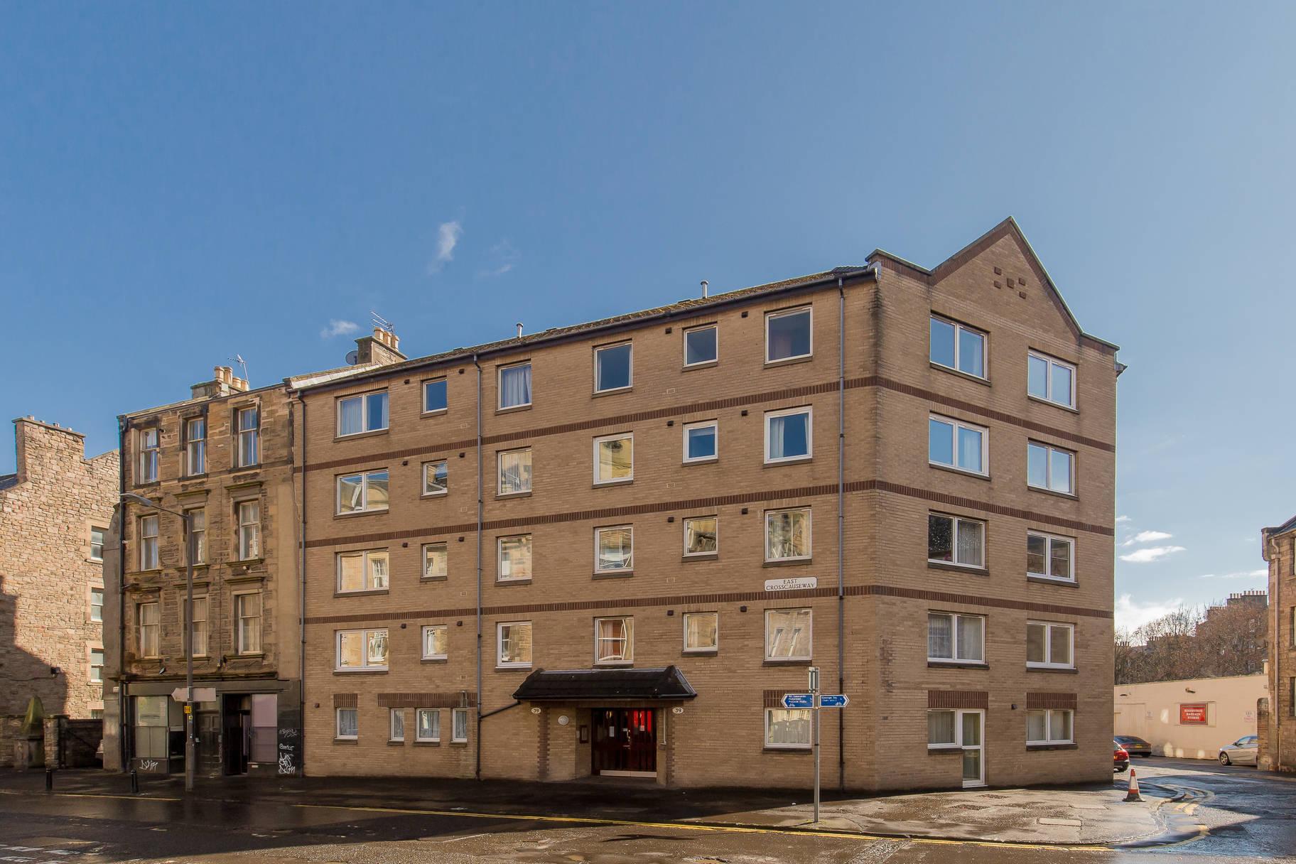 39/21 Homecrag House, East Crosscauseway, Edinburgh, EH8 9HG
