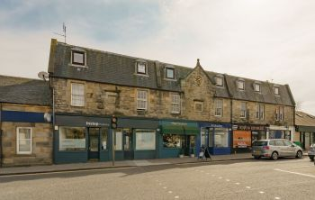 15c West Main Street, Uphall