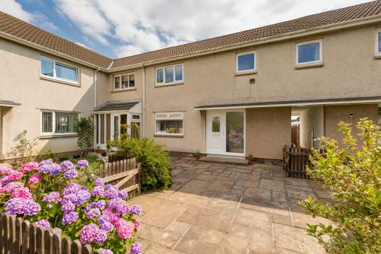 16 Atheling Grove, South Queensferry, Edinburgh, EH30 9PF
