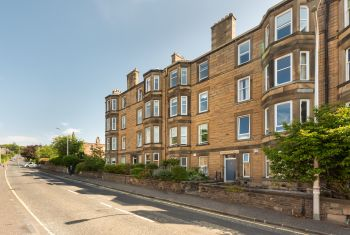 3 (2F1) Belgrave Terrace, Edinburgh