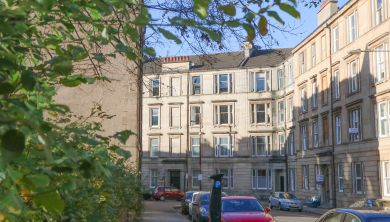 2/1, 14 Willowbank Crescent, Woodlands, Glasgow