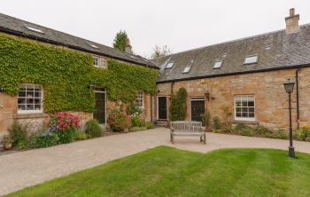 5 Champfleurie Stables, Linlithgow