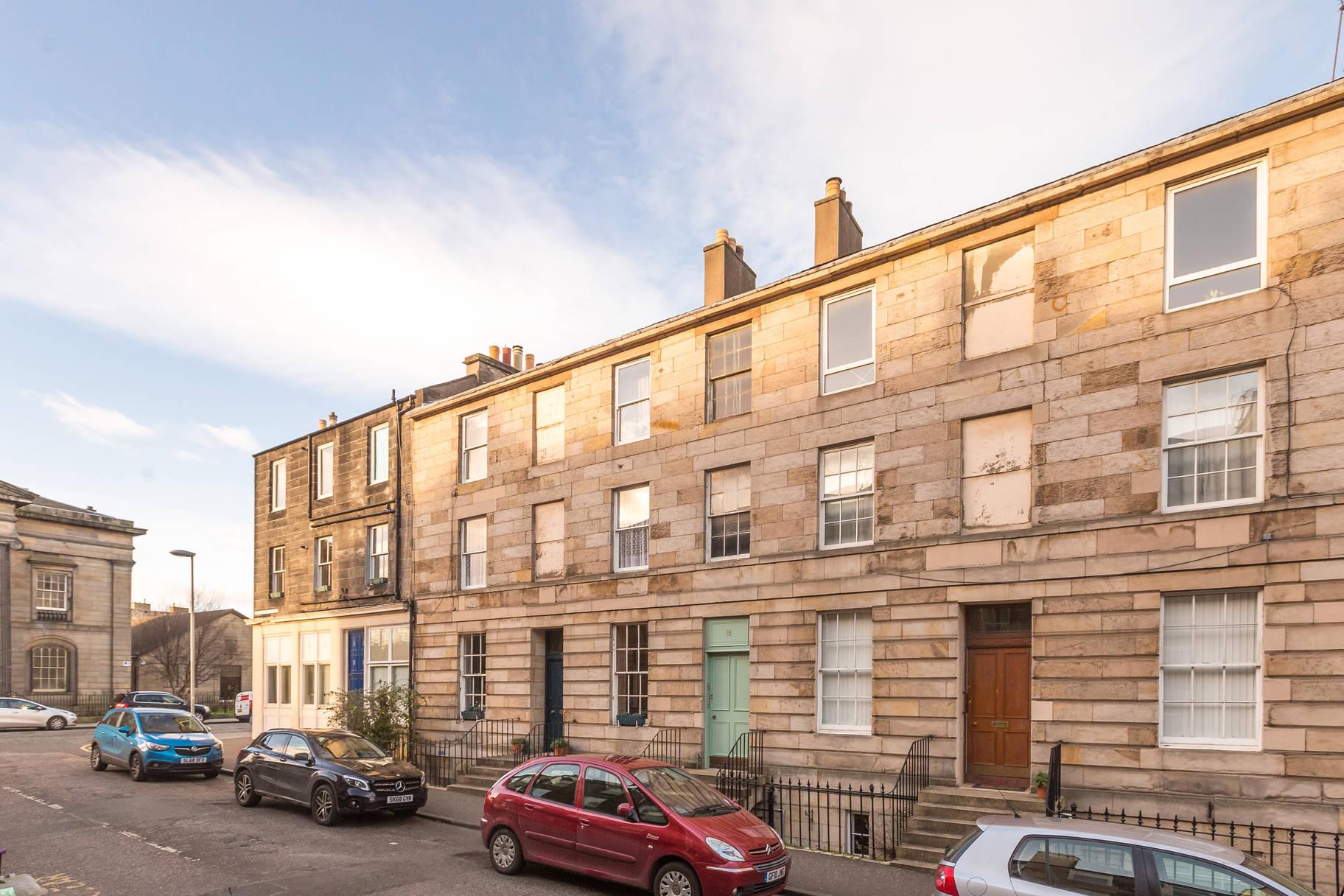 38/1 Prince Regent Street, Edinburgh, EH6 4AT