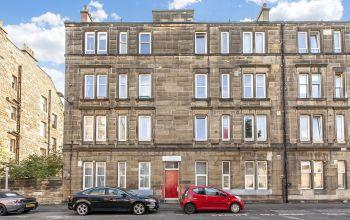 19 (3F4) Elgin Terrace, Edinburgh