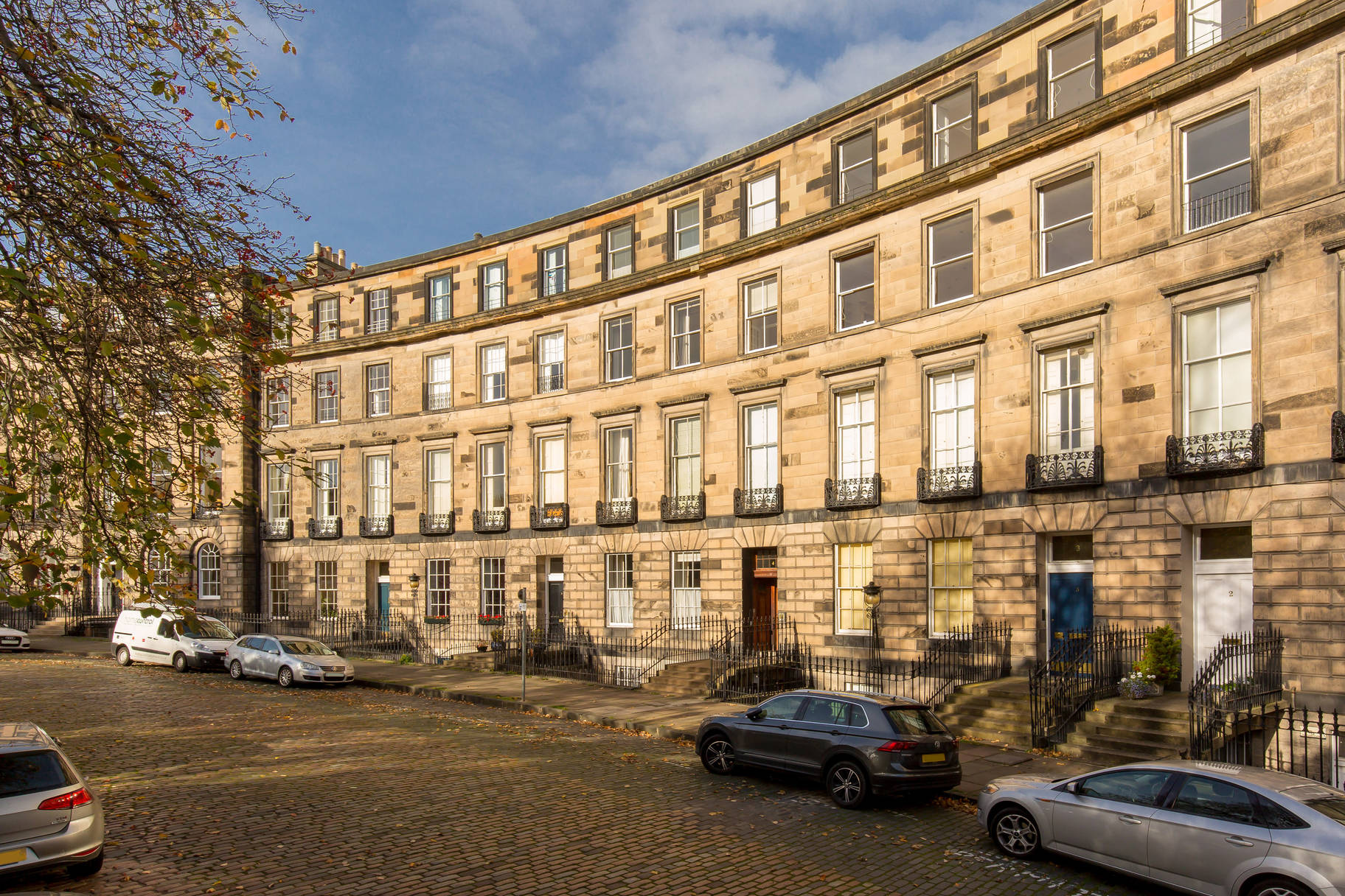 4 (2F) Ainslie Place, New Town, Edinburgh, EH3 6AR
