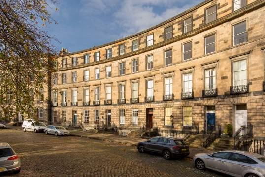 4 (2F) Ainslie Place, New Town, Edinburgh, EH3 6AR