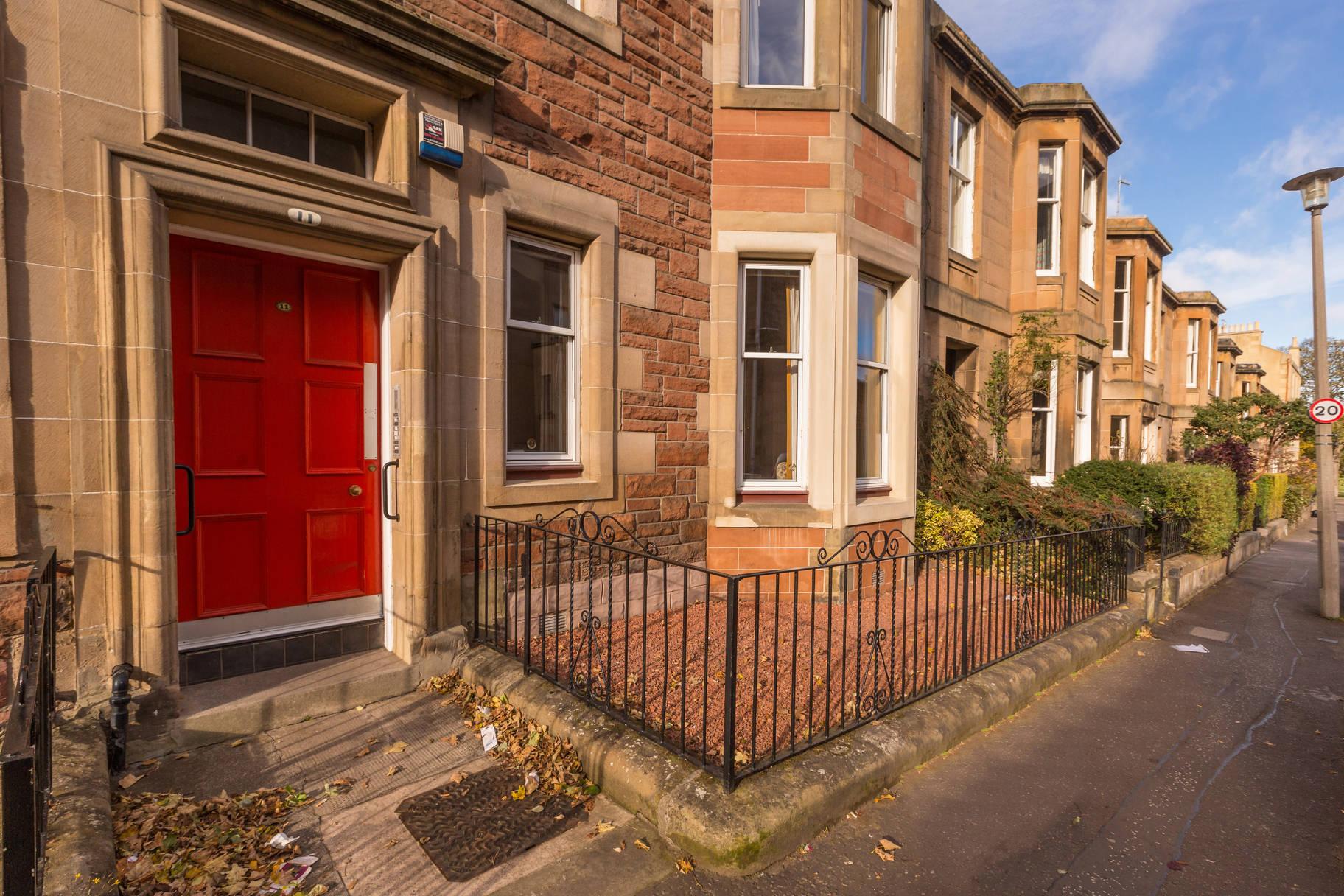 11 (PF2) Sylvan Place, Marchmont, Edinburgh, EH9 1LH