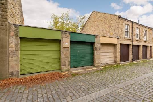 Garage 2, Northumberland Street North West Lane, Edinburgh, EH3 6JL