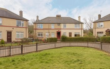 9/1 Woodhall Drive, Juniper Green
