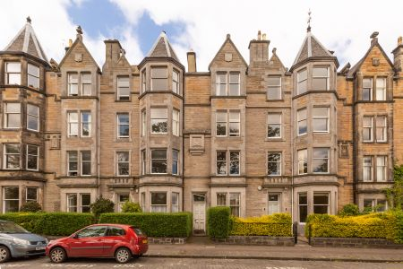 131 4F Warrender Park Road, Marchmont