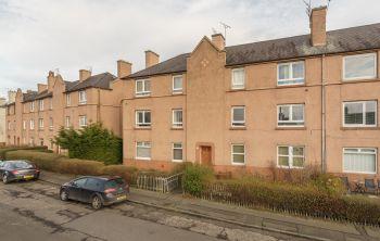 3/3 Stenhouse Avenue West, Edinburgh