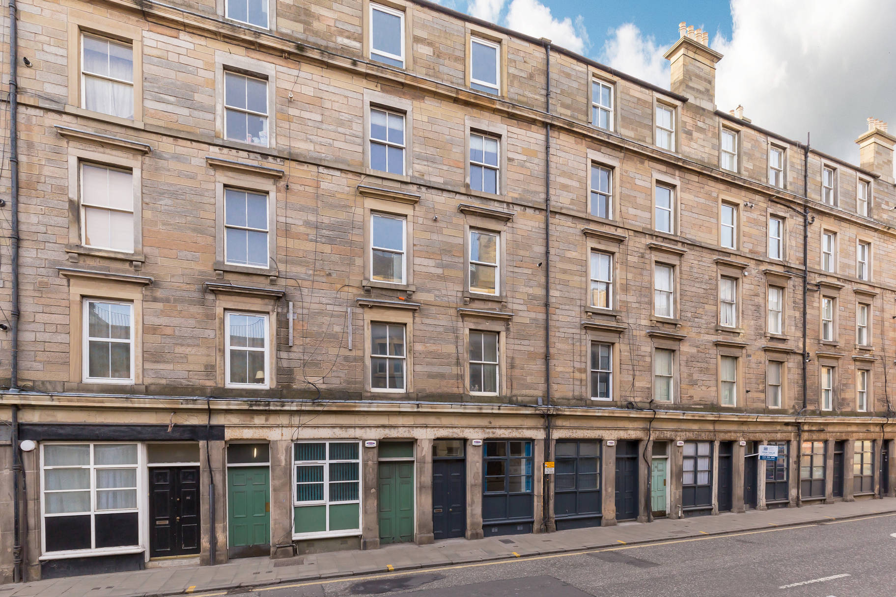 92 Duke Street, Leith, Edinburgh, EH6 8HL