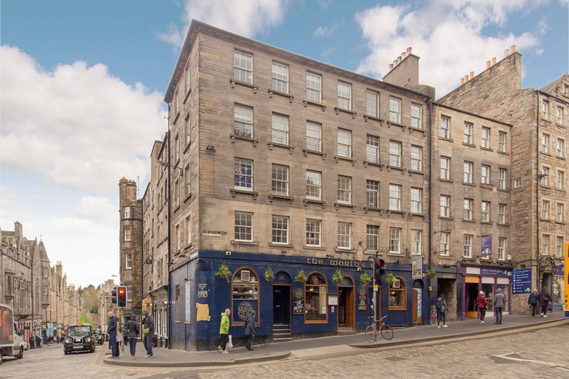 6 (1f1) High Street, Old Town - Photo 1