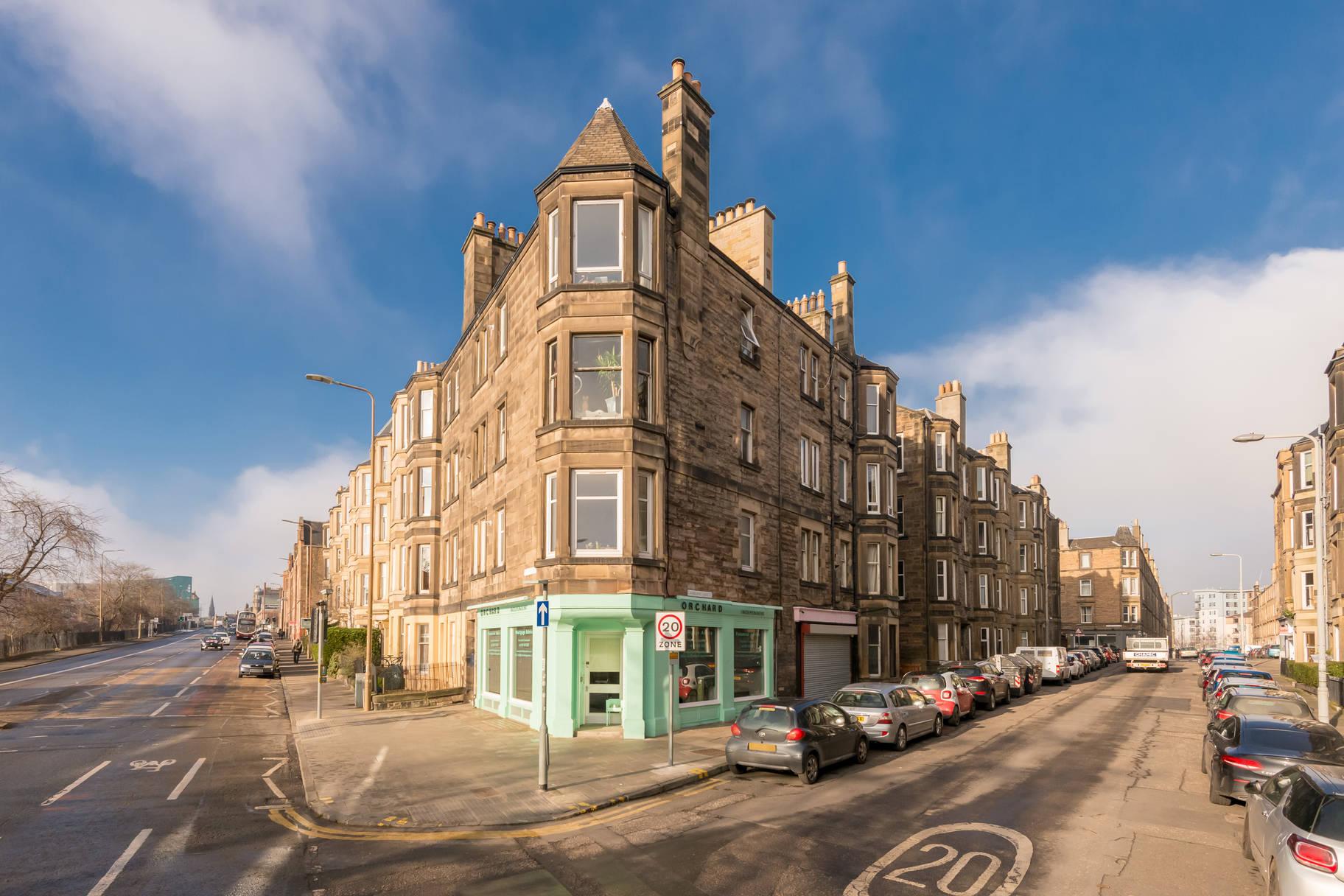 11/4 Dalziel Place, Edinburgh, EH7 5TR