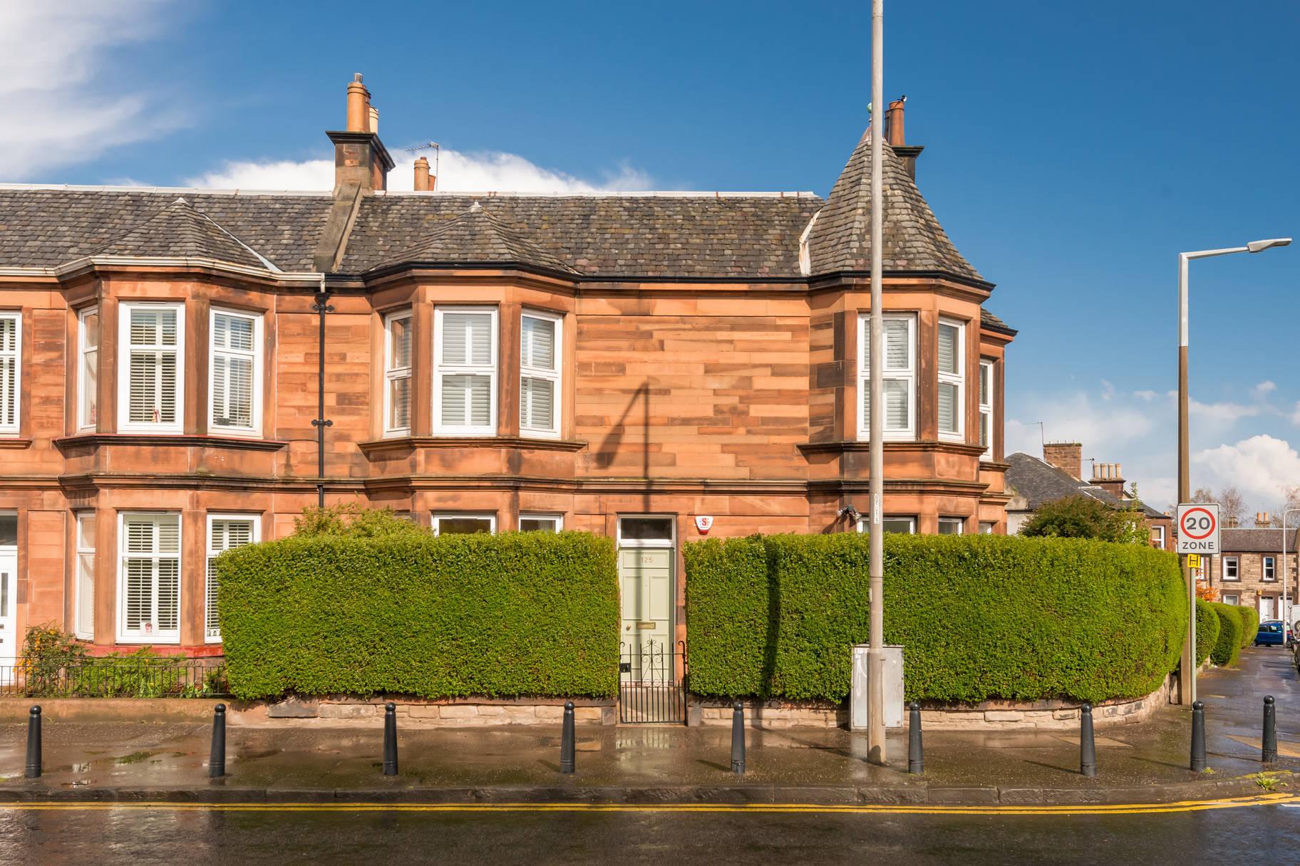 125 Willowbrae Road, Edinburgh, EH8 7HN