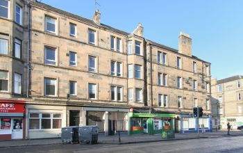 279 (3F2) Easter Road, Edinburgh