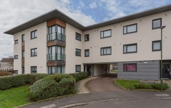 21/6 Burnbrae Place, Edinburgh