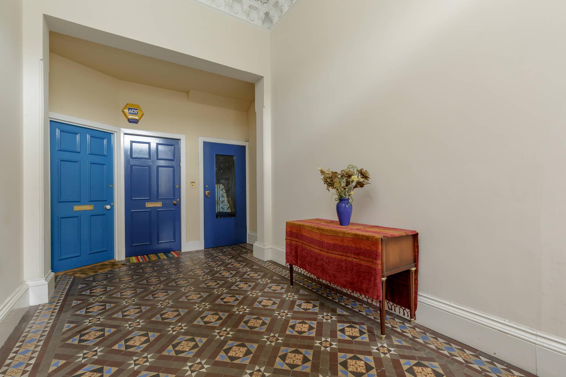 18 (1F) Glencairn Crescent, West End, Edinburgh, EH12 5BT