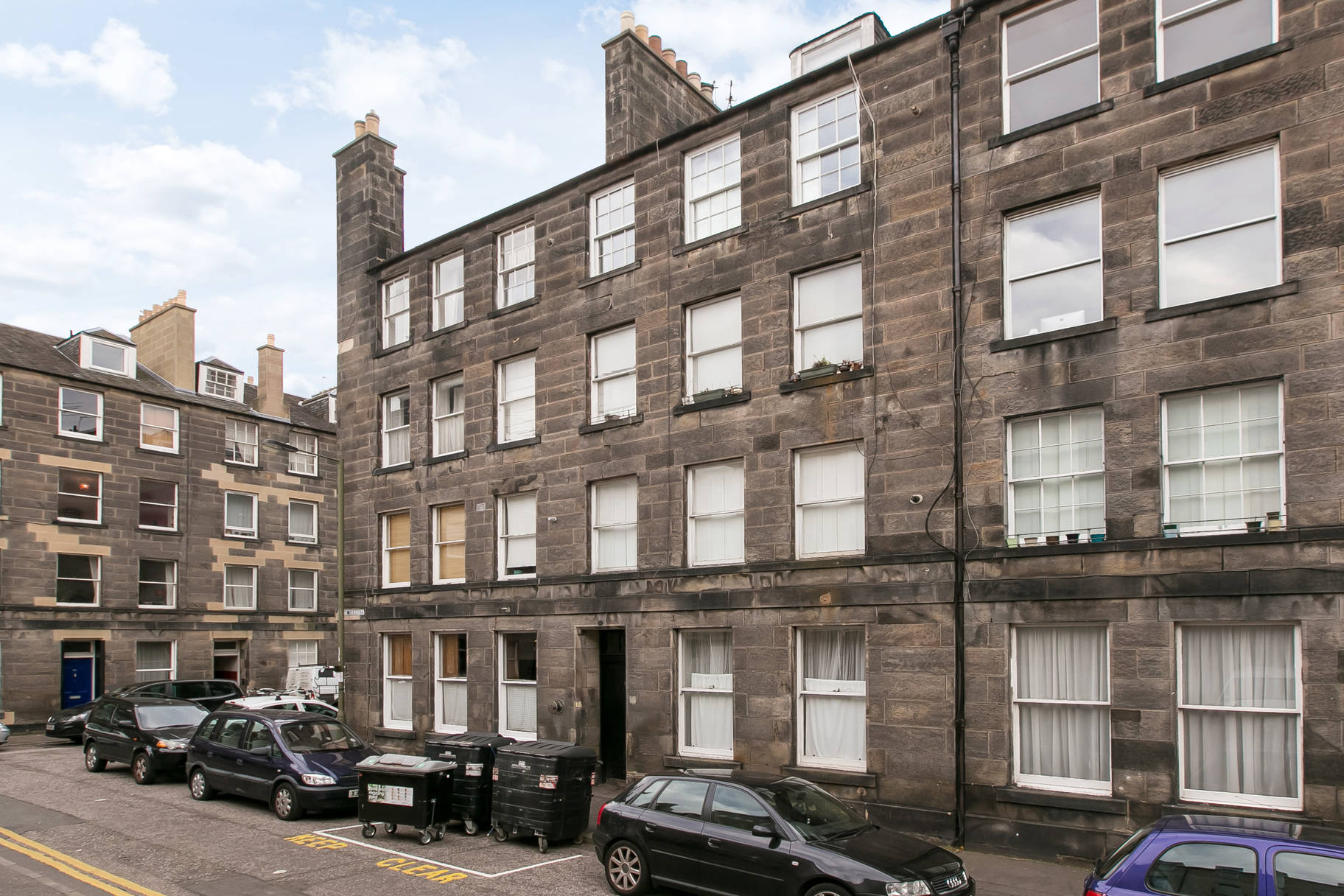 16 (3F1) Kirk Street, Leith, Edinburgh, EH6 5EY