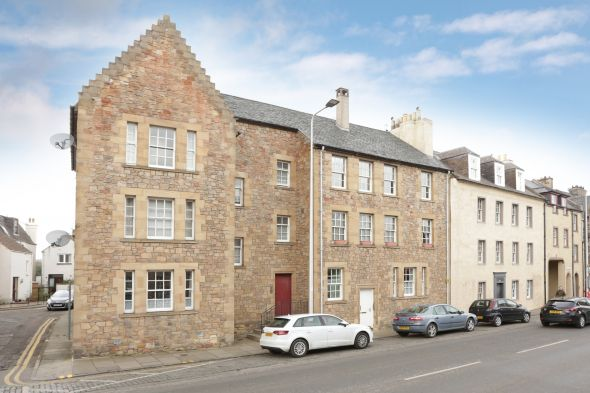 Top Floor Flat  for sale: 153D High Street, Dalkeith, EH22 1BB