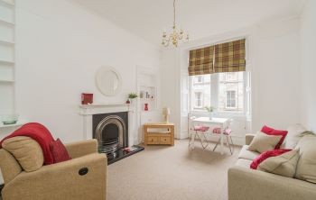 30/2 Grange Loan, Edinburgh