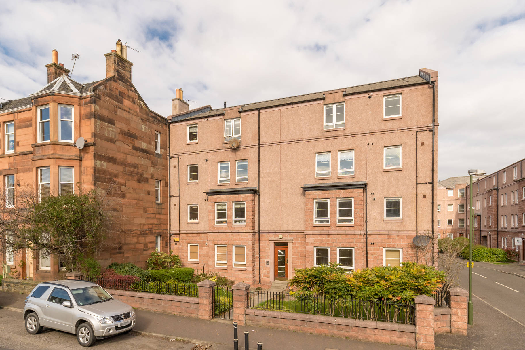 39/8 West Savile Terrace, Edinburgh, EH9 3DS