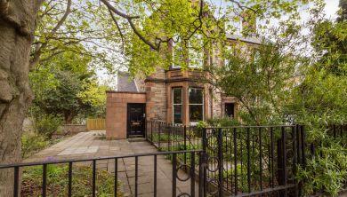 3b/2 Cluny Gardens, Edinburgh