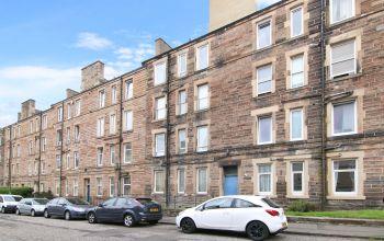 23 (3f1) Stewart Terrace, Edinburgh