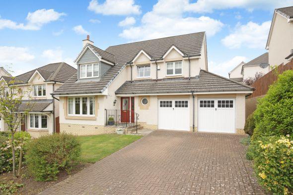 Detached House  for sale: 14 Polton Vale, Loanhead, EH20 9DF
