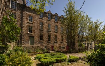 3/6 Coinyie House Close, Edinburgh