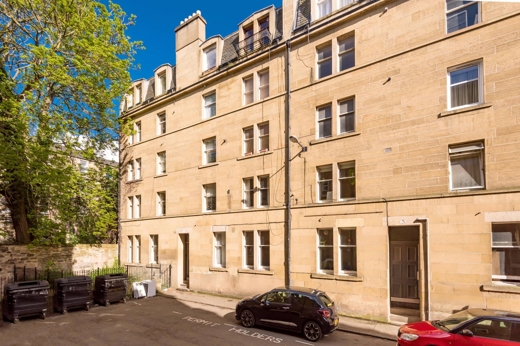 5/5 Buccleuch Terrace, Edinburgh, EH8 9NB