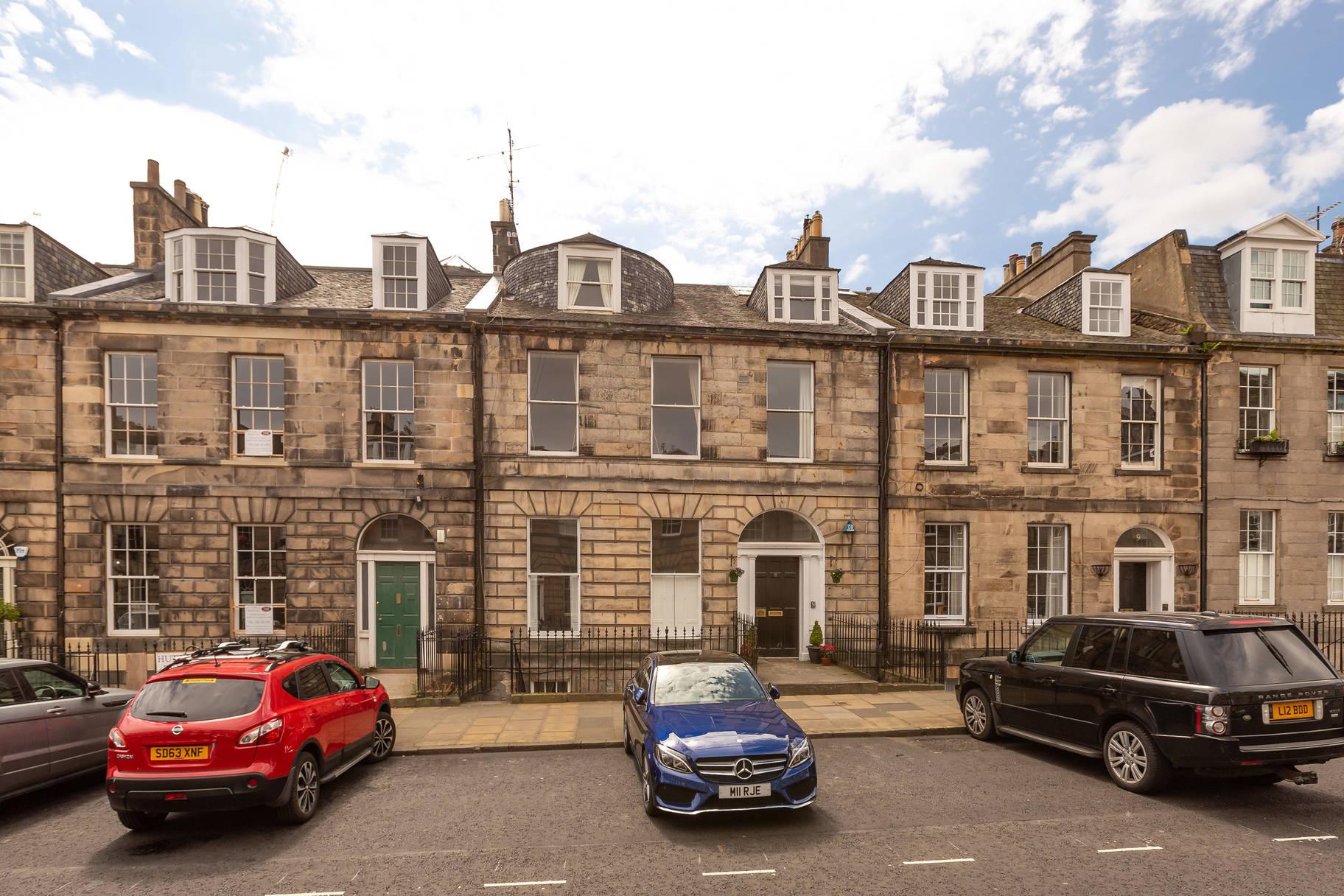 11/1 Albany Street, New Town, Edinburgh, EH1 3PY
