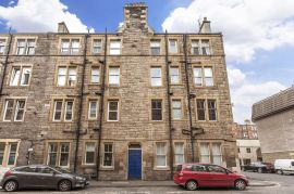 17/7 Lochrin Place, Edinburgh, EH3 9QT