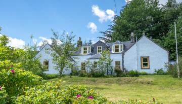 Glenlude House Near Traquair, Innerleithen, Peebles