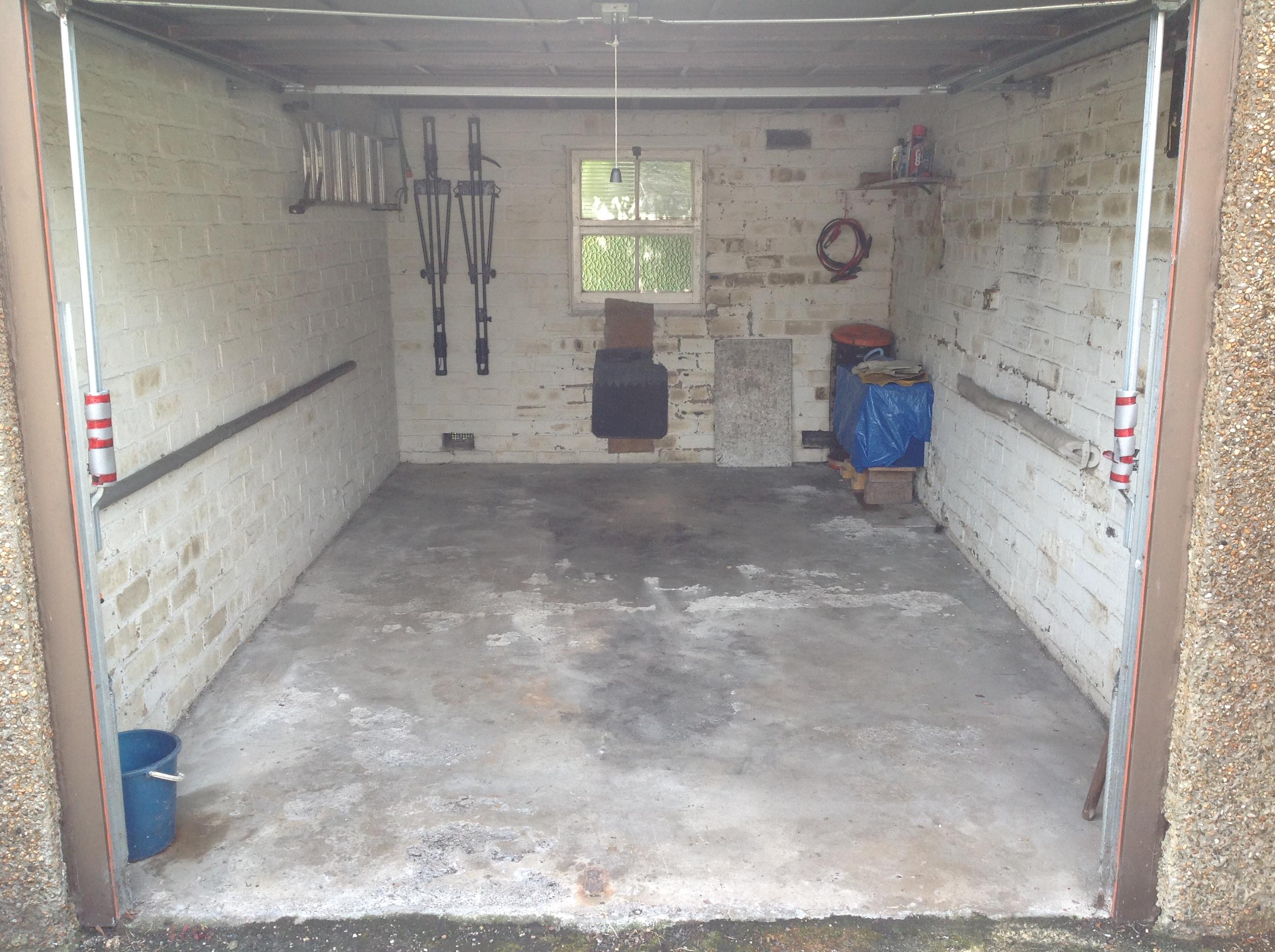 Garage 21B Park Crescent, Liberton, Edinburgh, EH16 6JD