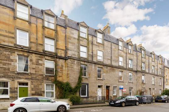 23 (3F1) Blackwood Crescent, Newington, Edinburgh, EH9 1RA