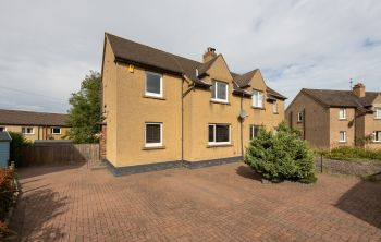 14 Lawson Crescent, South Queensferry