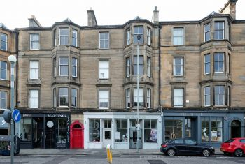 18/6 (3f1) Brandon Terrace, Edinburgh