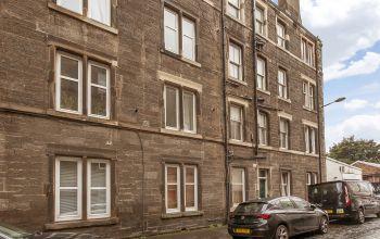 9/6 Pirrie Street, Edinburgh