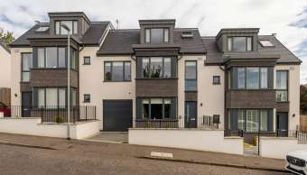 21 Craigmount Avenue, Edinburgh