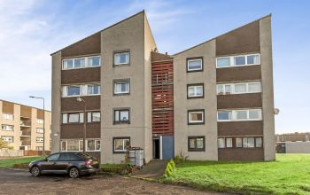 16/10 Calder Grove, Edinburgh