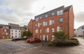 13/6 Ferry Gait Crescent, Edinburgh